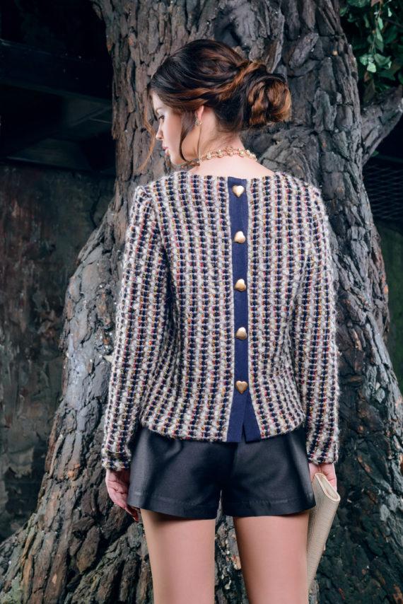 Кофта крупной вязки в стиле «Шанель» с пуговицами на спине