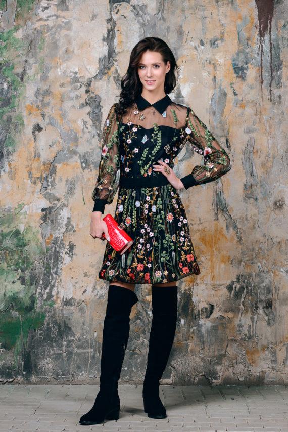 Платье из сетчатой ткани с принтом Романтическая история