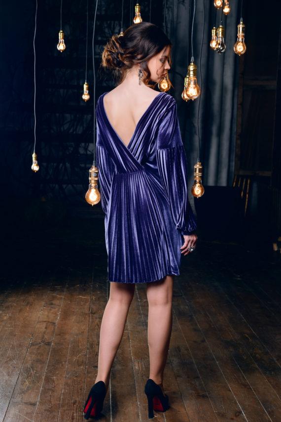 Платье бархатное «Плисе» с открытой спиной